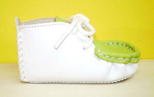本革製ファーストシューズの手作りキット ライトグリーンモカ